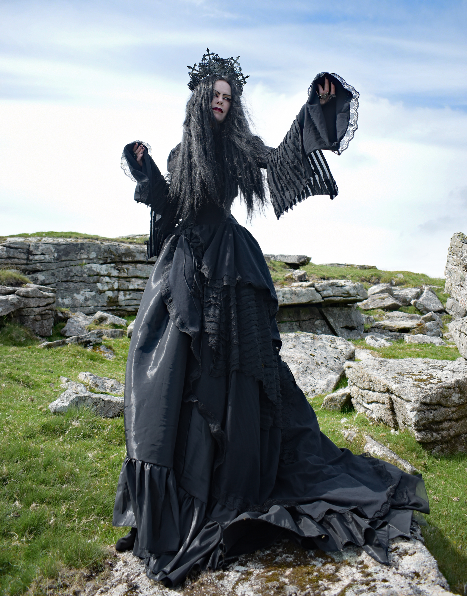 Morgana Maiden Gown - on the site now and ready to witch it up! :D