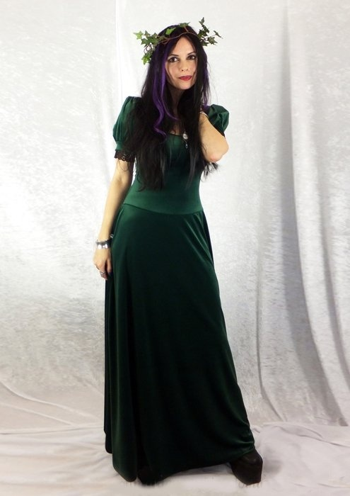 Elanor Gown - steamed velvet medieval witch dress by Moonmaiden ...