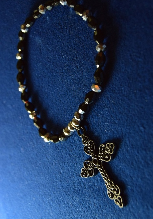 Black Big Cross Anklet