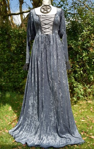 Vampire Betrothal Gown - Pewter and Gunmetal