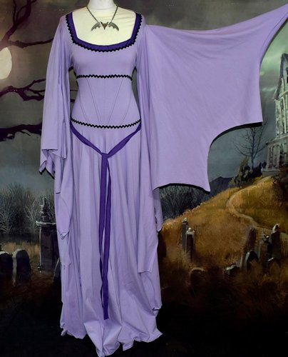 Lily Munster Deluxe Gowns Showcase