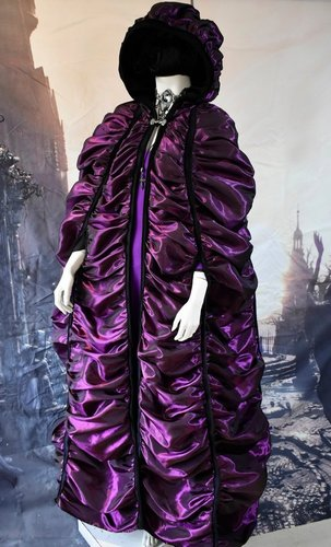 Lily Munster Cloak in Amethyst