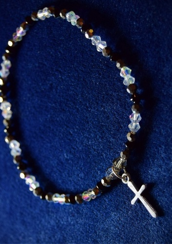 Small Silver Cross Stretch Anklet